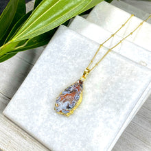 "Load image into Gallery viewer, Inner Peace Druzy Quartz Black Lace Agate Geode Slice Pendant 18"" + 2"" Gold Necklace"