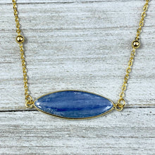 "Load image into Gallery viewer, Kyanite Truth & Clarity Oval Pendant Choker 14"" + 2"" Gold Necklace"
