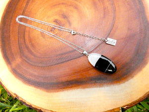 "Simple & Polished Black Lace Agate Crystal Pendant 18"" White Gold Necklace"