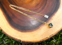 "Load image into Gallery viewer, Natural Luxury Labradorite Double Pointed Pyramid Pendant 18"" Gold Necklace"