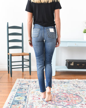 Giselle Embroidered Kancan Jeans