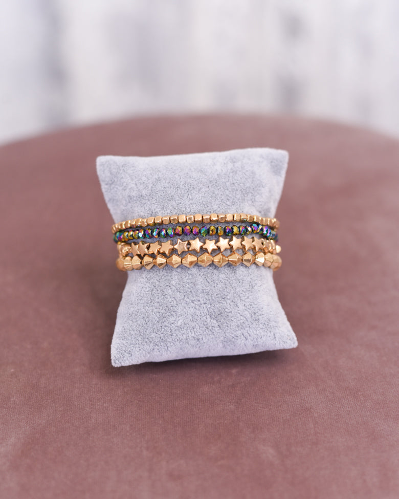 Star Metallic Bead Bracelet