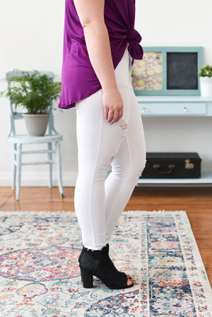 Whitney Mid-Rise White Judy Blue Jeans