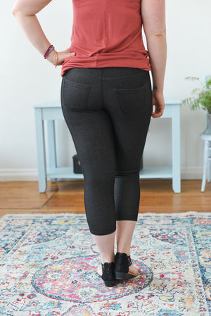 Everyday Capri Jegging - Black