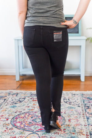 Presley Mid-Rise Cello Jeans