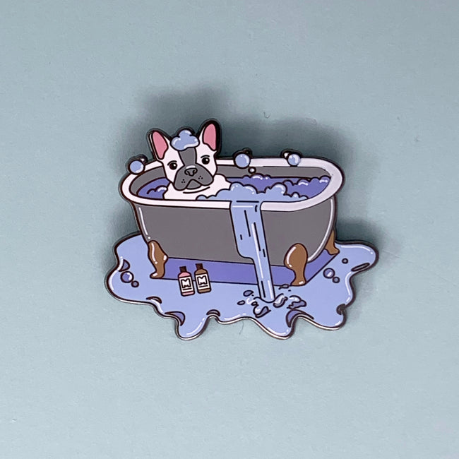 Mutt Cosmetics Bath Tub Pin