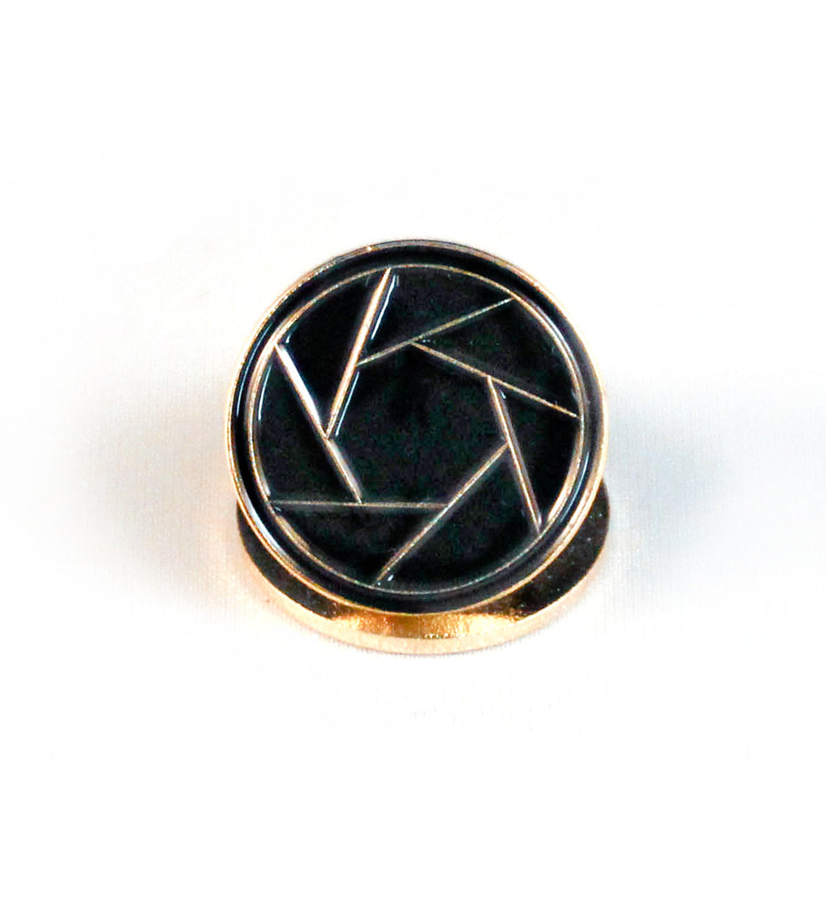 Lens Shutter Lapel Pin - Dodge & Burn