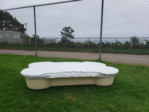 dogpools,shop onedogonebone Sand Bone Pool with White cover