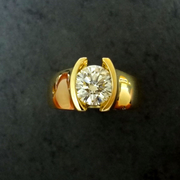 18kt Unique Custom Designed Diamond Ring