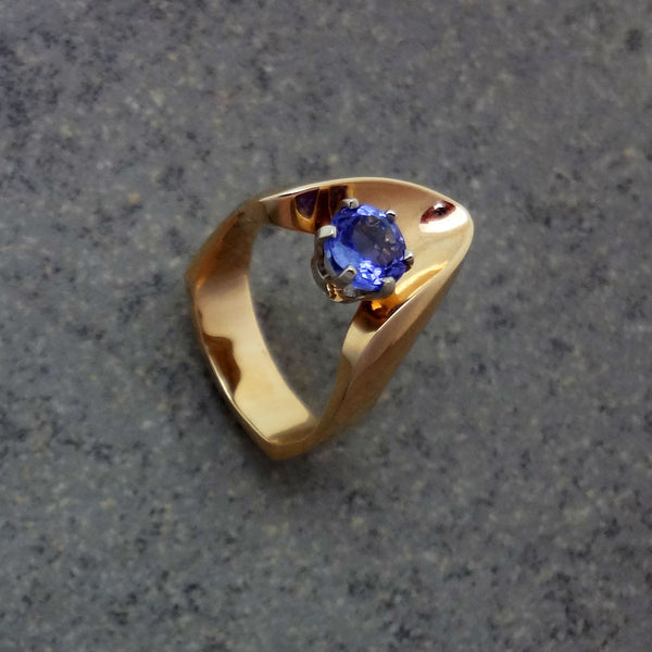 Tanzanite ring 14k European or counter balance shank Handmade USA Jan David Jewelry