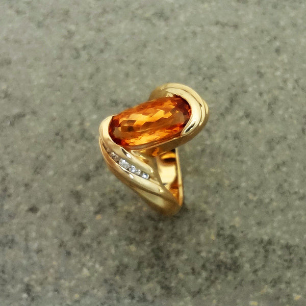 Topaz Ring, 14k gold, Diamonds, Precious, Golden, Honey.  Jan David, Fine Jewelry Collection USA