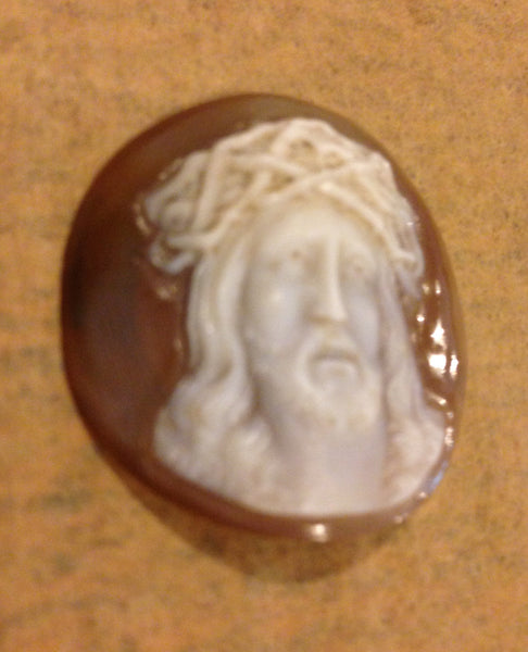 Beautiful hand carved Italian shell cameo Jesus Christ