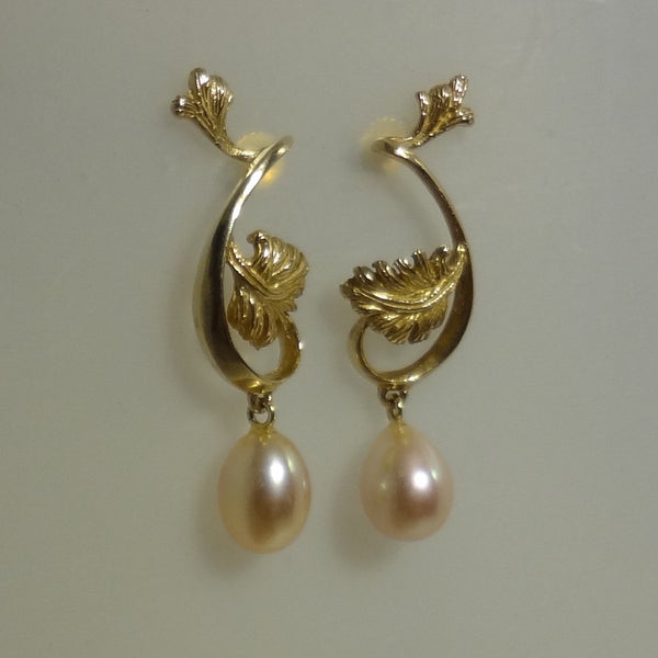 Exclusive Handmade 14k Solid Gold Pierced Earring with Genuine Cultured Freshwater Pearl hand made by All Animal Jewelry