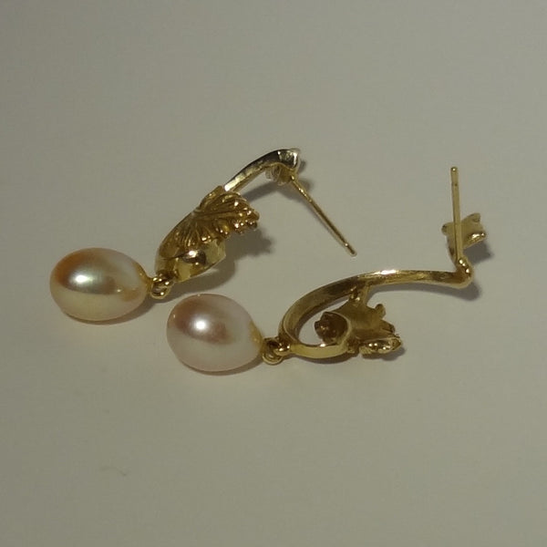 Exclusive Handmade 14k Solid Gold Pierced Earring with Genuine Cultured Freshwater Pearl