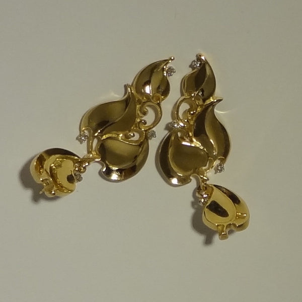 Handmade 14k Gold Leaves and Diamonds Gorgeous Pierced Earring