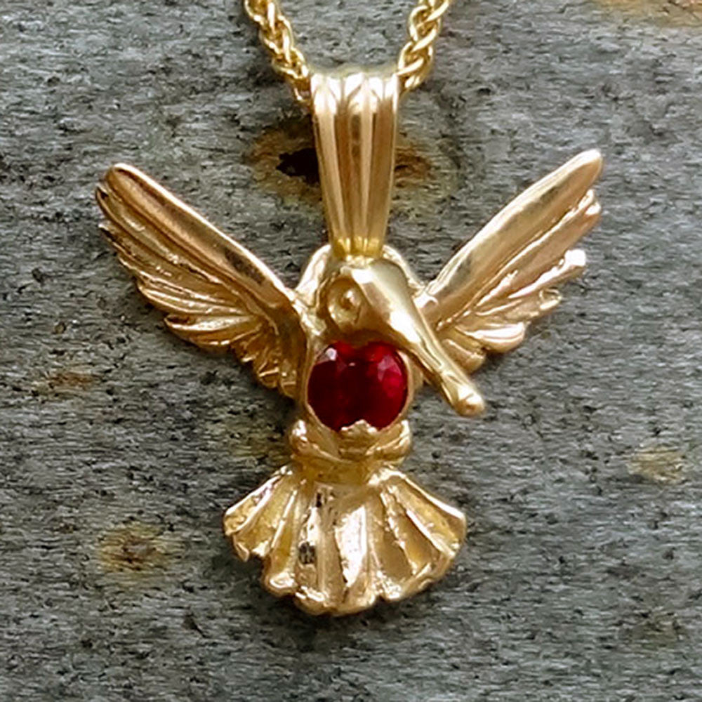 Humming-bird-pendt-Ruby-14k-close.jpg