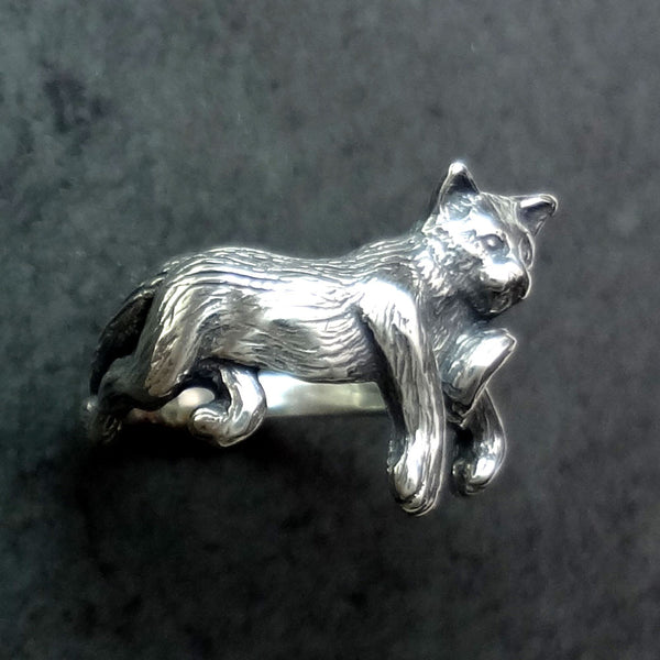 Cat Ring handmade in Sterling or 14k gold by Tosa Fine Jewelry