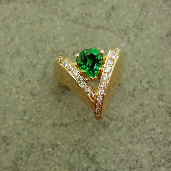 green tsavorite garnet, diamond ring, 14k gold original design made USA
