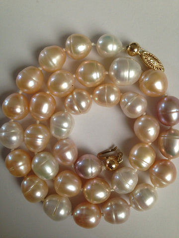 Gorgeous, lustrous big natural multicolor cultured pearls