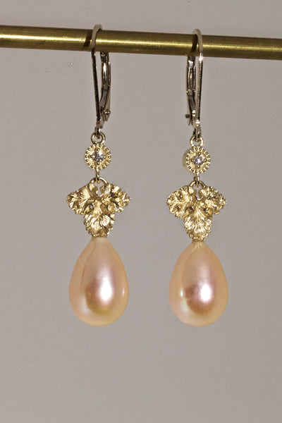 18k Cultured Pearl and Diamond Dangle Earrings
