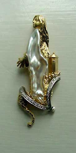 Rapunzel Custom brooch 18k 14k Gold, Diamonds, Biwa Pearl Handmade TomO USA.