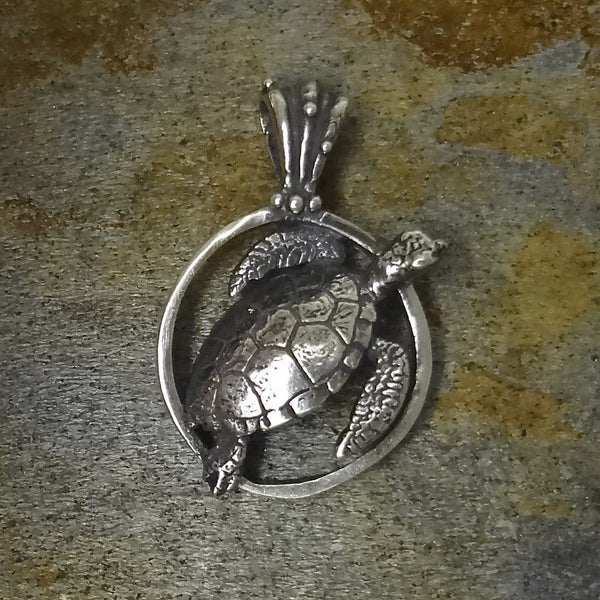 Sea Turtle Circle Pendant handmade in Sterling or 14k gold by Tosa Fine Jewelry