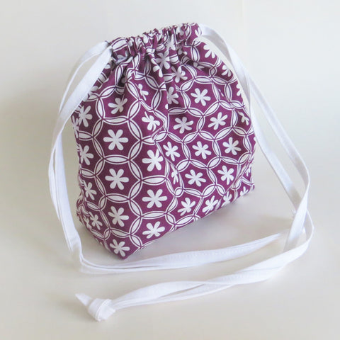 geometric floral print drawstring bag