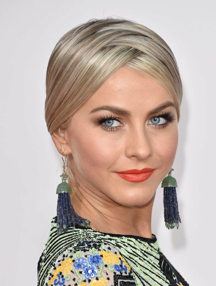 Julianne-Hough-Hair-American-Music-Awards-2015