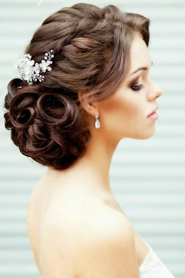 wedding-hairstyles-709856_w650