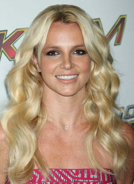 britney-spears-wears-mermaid-waves