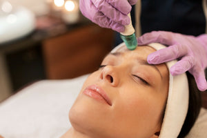 Chemical Peel or Microdermabrasion? What's the difference?
