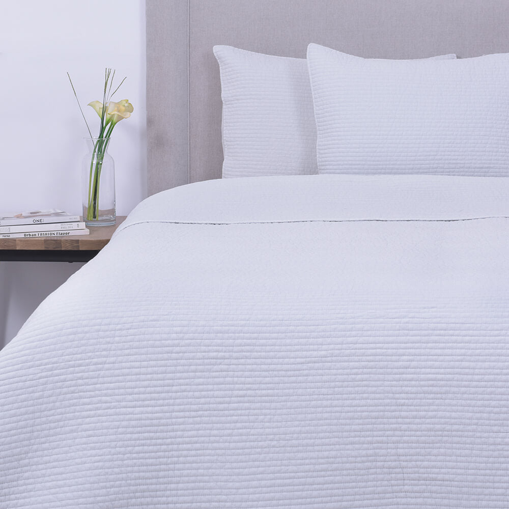 Cubrecama Quilt Stone Washed Rayas Super King Gris
