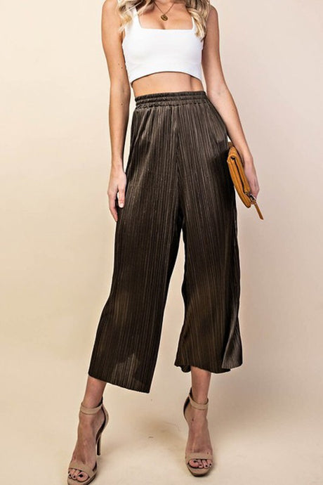 Olive Pleated Cropped Pant