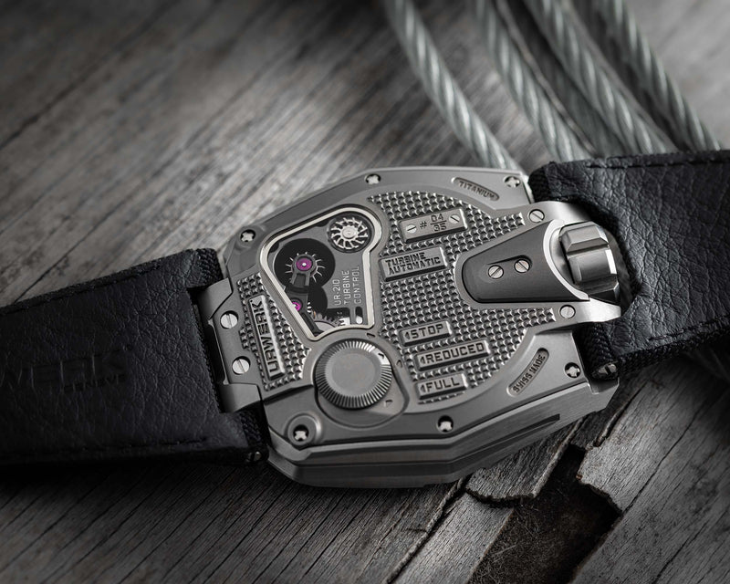 UR-210 STEEL LIMITED EDITION CASEBACK