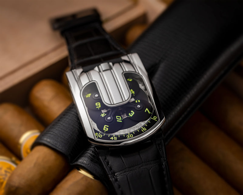 UR-103.05 PLATINUM LIMITED EDITION OF 50 PIECES