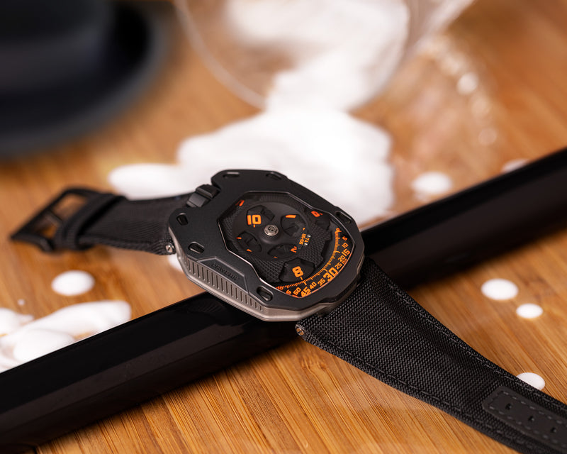 UR-105 TA CLOCKWORK ORANGE LIMITED EDITION OF 100 PIECES