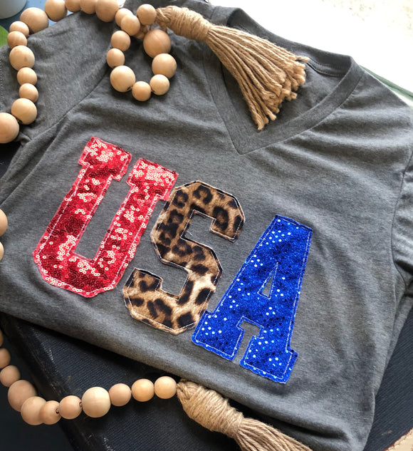 USA Leopard | V-neck tee