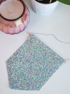 Party Glitter Hanging Pin Display