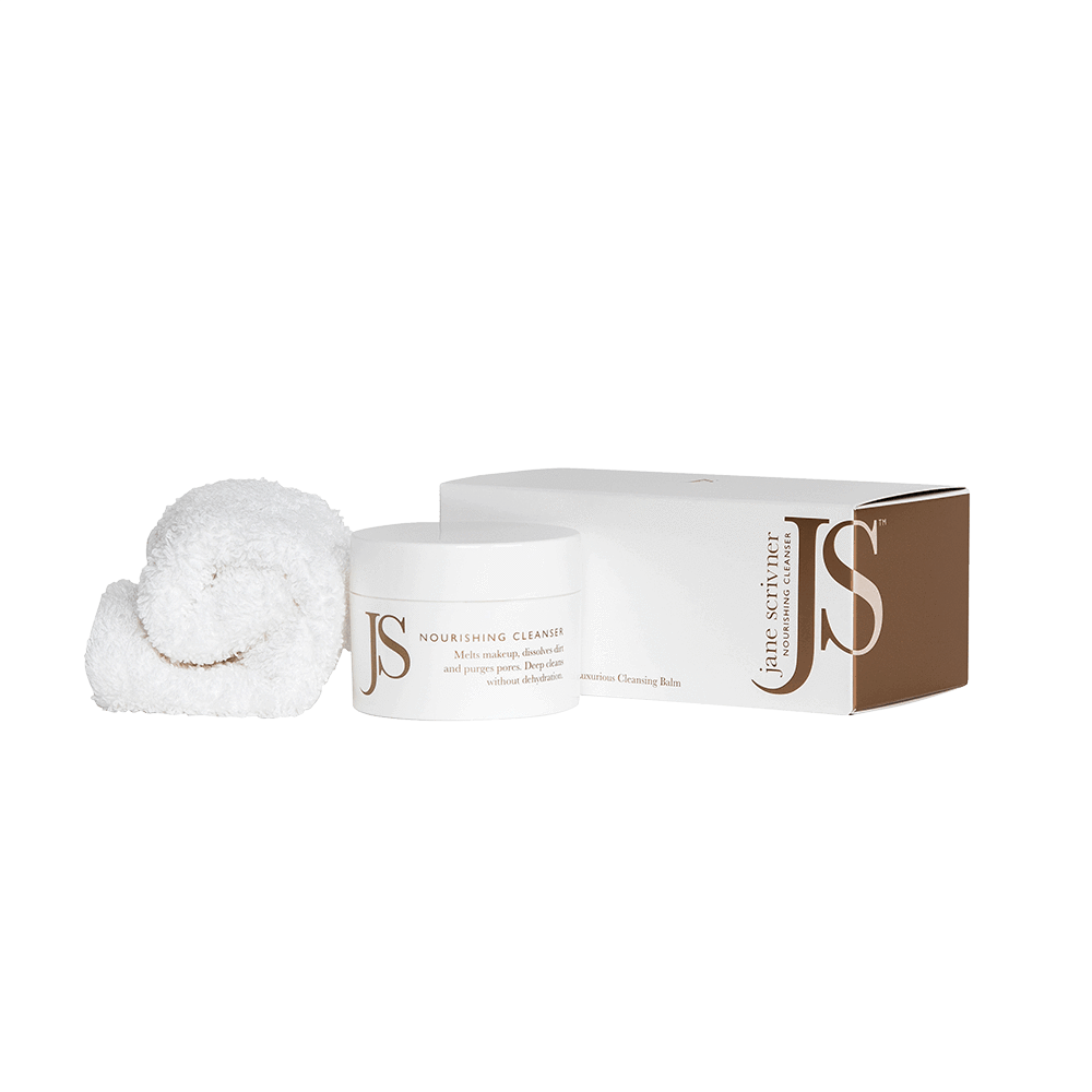 Nourishing cleansing balm with fluffy cotton mitt.