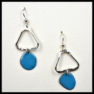 Lost in Shape Symmetrical Triangle Earrings