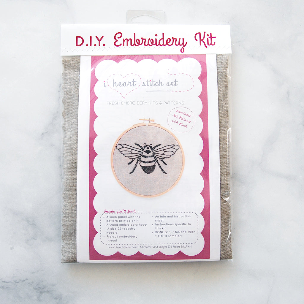 Bee Embroidery Kit - natural /black