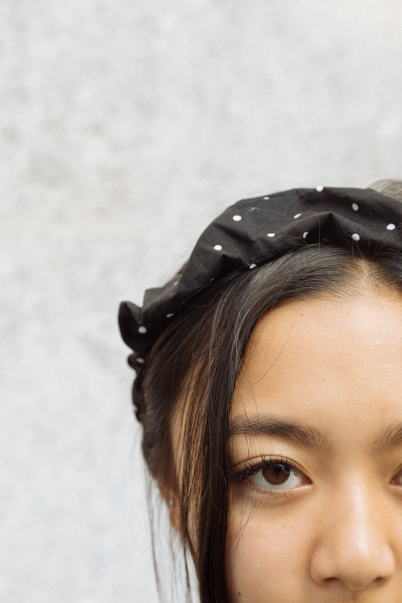 Nin Scrunchie Crown