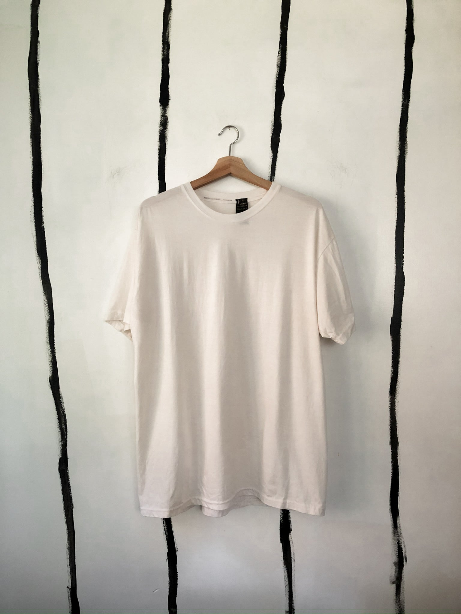 Ben Tshirt in DIY White