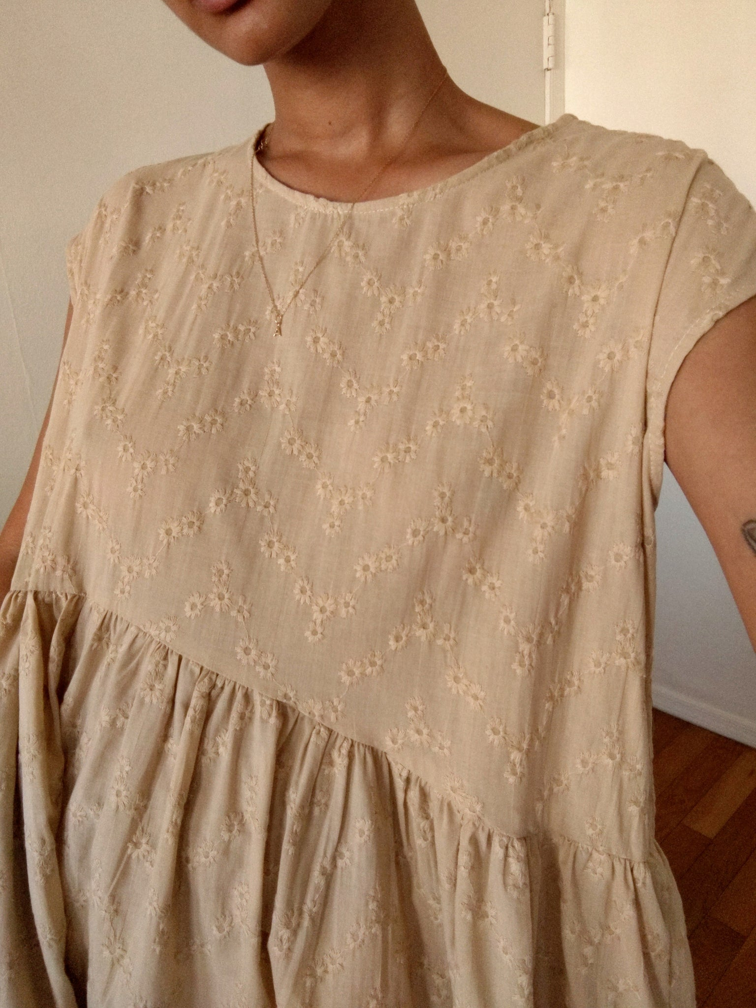 Rosario Dress (Short) in Tan Eyelet