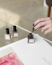 Load image into Gallery viewer, Nail Polish | Kamari