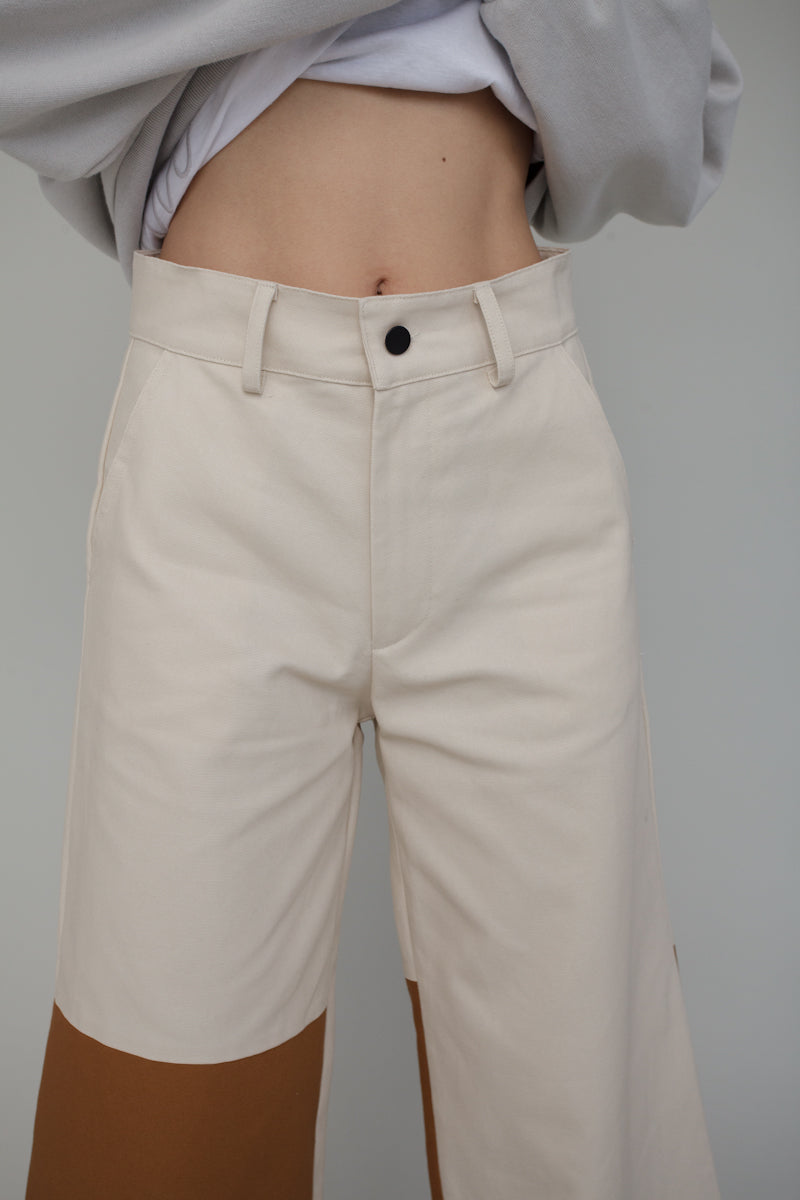 Nia Pant in Combo Canvas