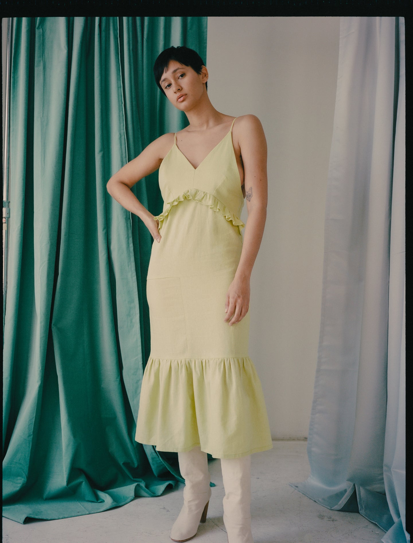 Morewa Dress in Lime Linen
