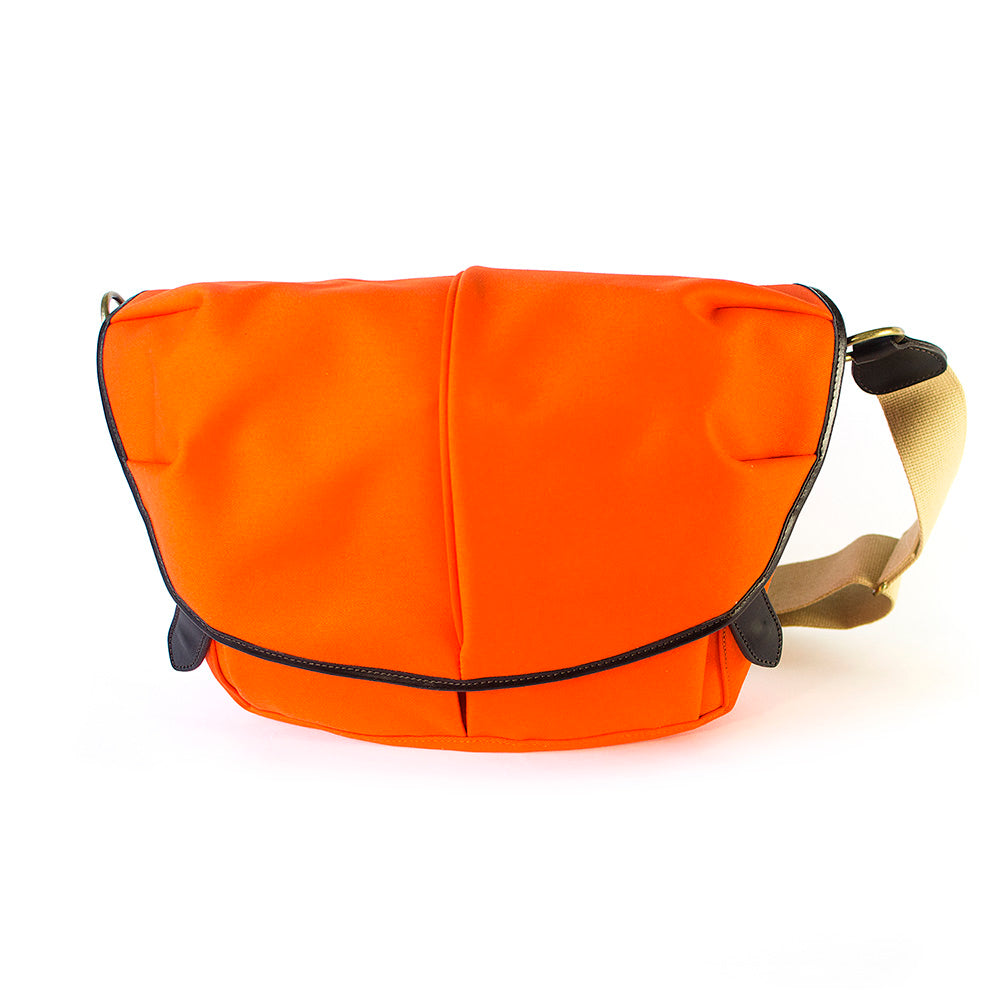 CANVAS CAPSULE (M) II orange