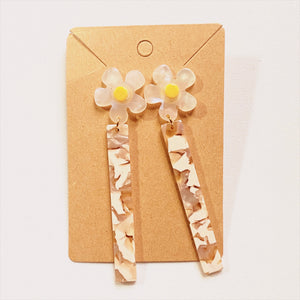 Florecita Daisy Earrings
