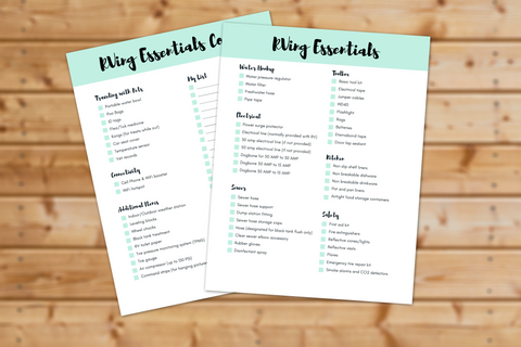 RVing Essentials Checklist || 2 Pages